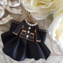 上品可愛いリボンドレスバッグチャーム♡ブラック定形外送料無料